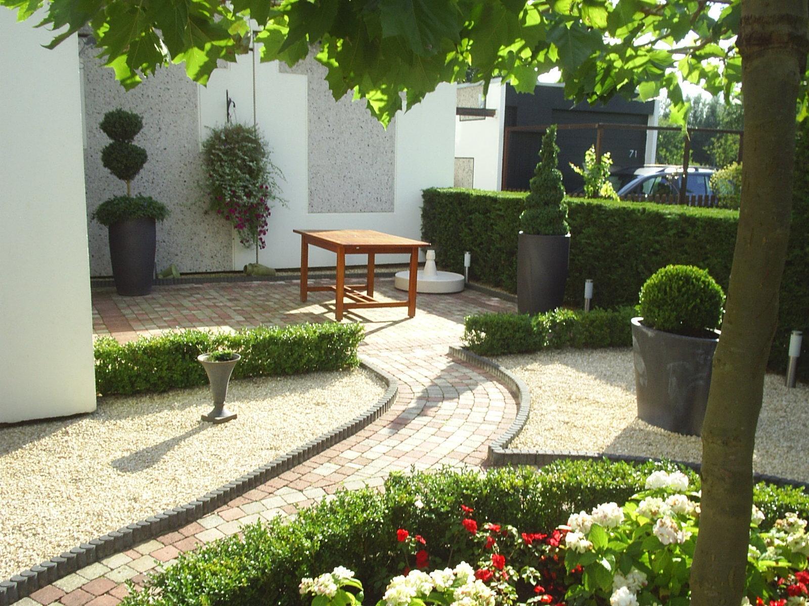 Dromen over een nieuwe tuin tuinman offerte for Tuin aan laten leggen