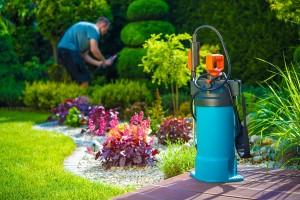 Vraag offerte aan voor tuinonderhoud